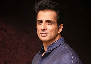 Sonu sood gave house Gift To women On Rakshabandhan