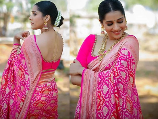 Rashmi Gautam Latest Clicks