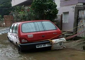 Car Owner Different Thinking In Rains