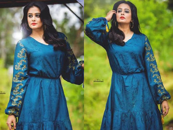 Priyamani Looking pretty In New Photoshoot