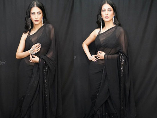 Shruthi Hassan Stunning People With Her Black Saree Stills