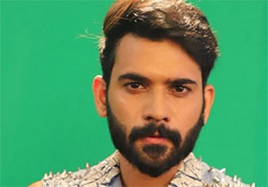 Akhil is the first contestant in Final 5