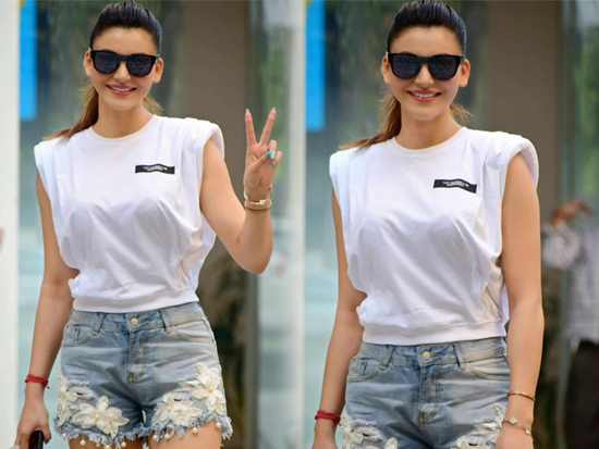 Urvashi Rautela Looking Glamours In Shorts
