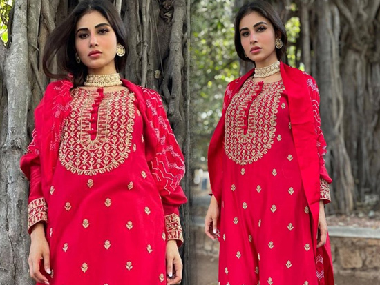 Mouni Roy Looking Gorgeous In Red
