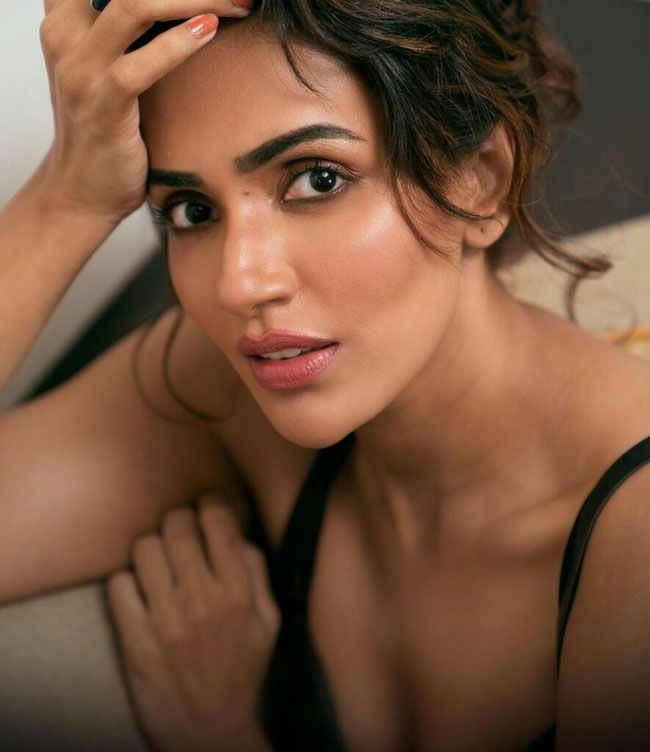 New Photos Of Akshara Gowda