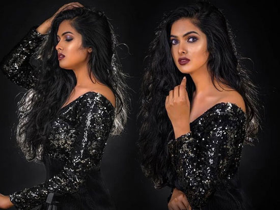 Divi Vadthya Photoshoot Snaps