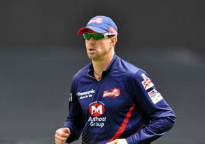 Put the rest of the IPL matches in England Peterson suggestion