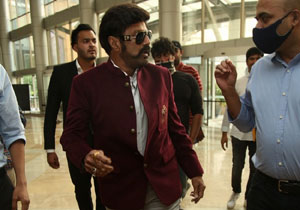 Balayya Vote for Manchu family business with Mega family