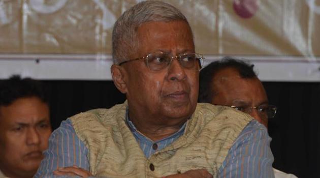 Tripura Governor Tathagata Roy announces Vajpayee is dead