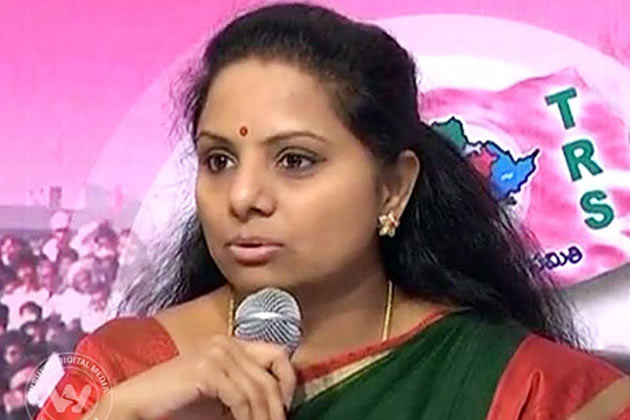 Kavitha Answer to Modi Is behind TRS Party and TDP Alliance