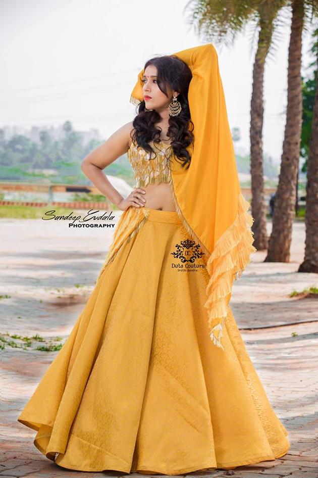 Rashmi Gautam Glamourous Pose