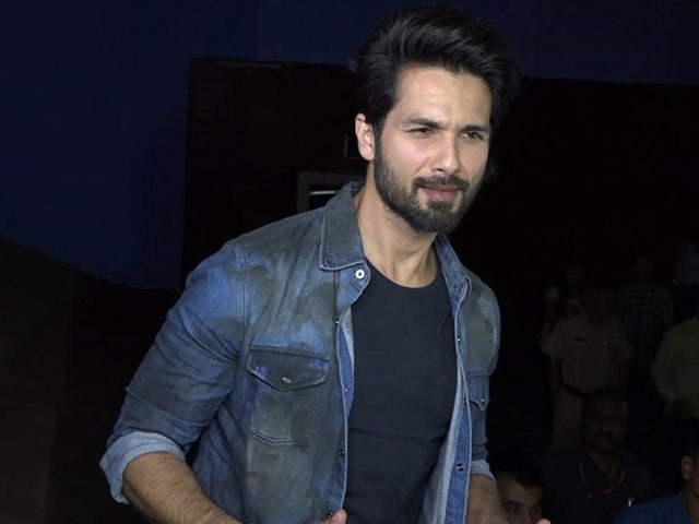 Bollywood Hero Shahid Kapoor Suffering From Cancer