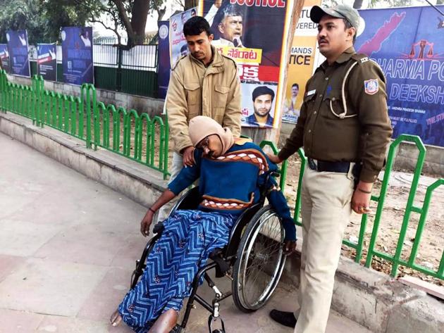 Andhra man commits suicide near Chandrababu naidu Dharma Porata Deeksha Venue
