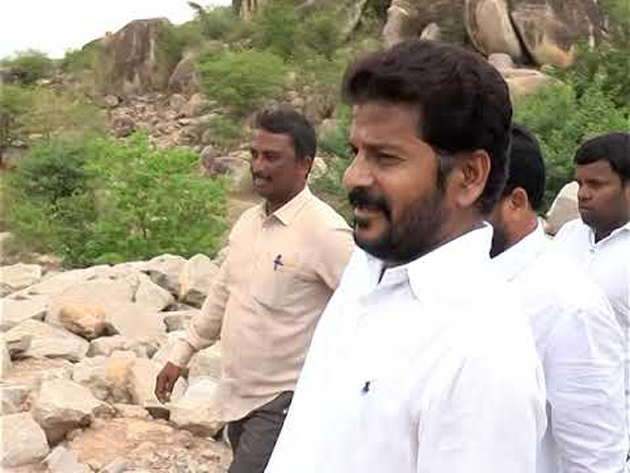 Revanth Reddy Comments on KCR
