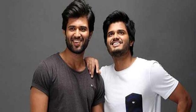 Vijay Deverakonda and Rajasekhar Promotes Dorasani Movie