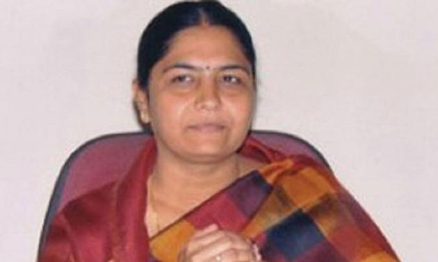 Sunitha Lakshma Reddy Ready to Join TRS