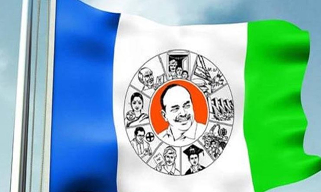 Divya Reddy Behind YSRCP Social Media Success
