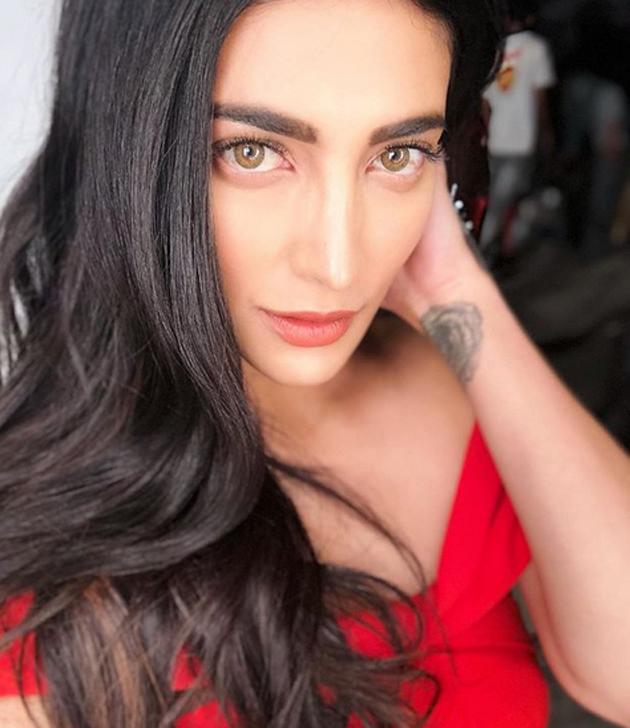 Shruti Haasan New Look