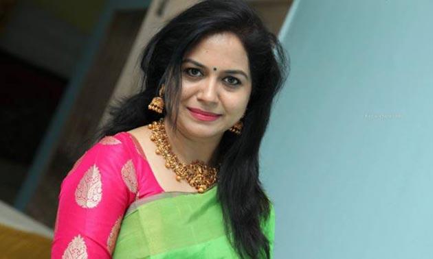 Sunitha sensational comments on Swami Swaroopananda