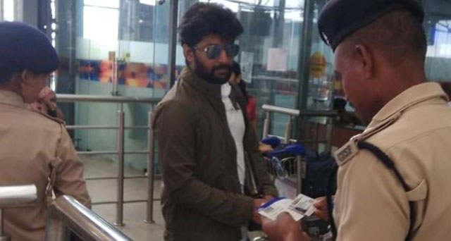 Gang Leader Star Nani Spotted at The Hyderabad Airport