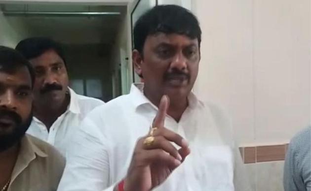 MLA Umashankar Ganesh Fires On Narsipatnam Govt Hospital Staff
