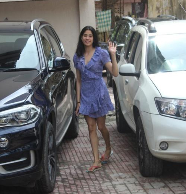 Janhvi Kapoor looks pretty as a peach in blue wrap dress