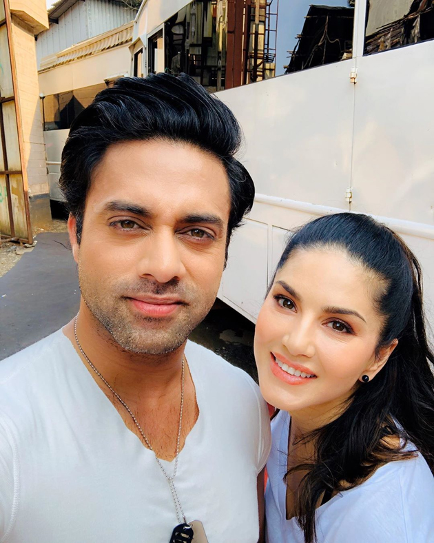 Navdeep to team up with Sunny Leone for a web series