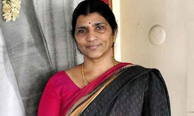 Lakshmi Parvathi Comments on Nara Lokesh