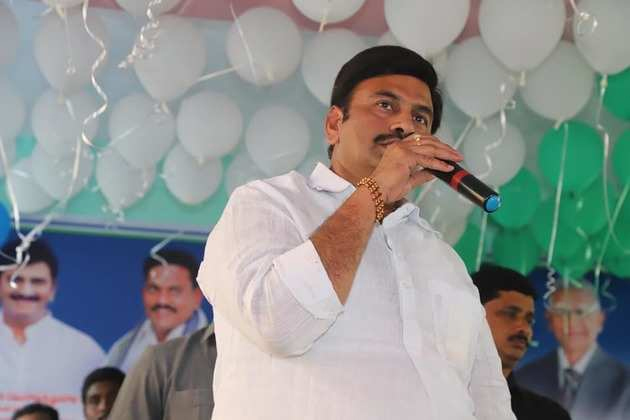 This Is How YSRCP Is Checkmating Its Own MP Raghuramakrishnam Raju