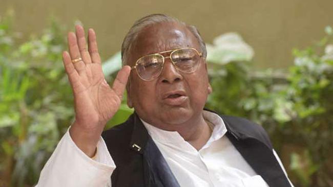 Telangana Congress Leader V Hanumanth Rao Fires On Pawan Kalyan