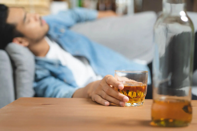 Is Alcohol Overprotective? Do you know why there is a hangover ..?