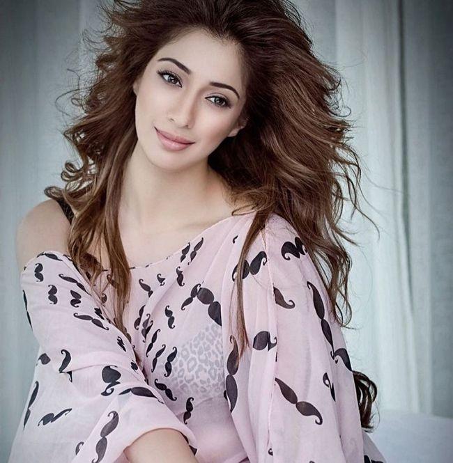 Ravishing Beauty Raai Laxmi Awesome Clicks - Photogallery ...