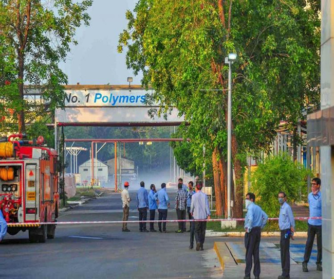 AP High Court gave crucial orders giving a whole direction to the LG Polymers