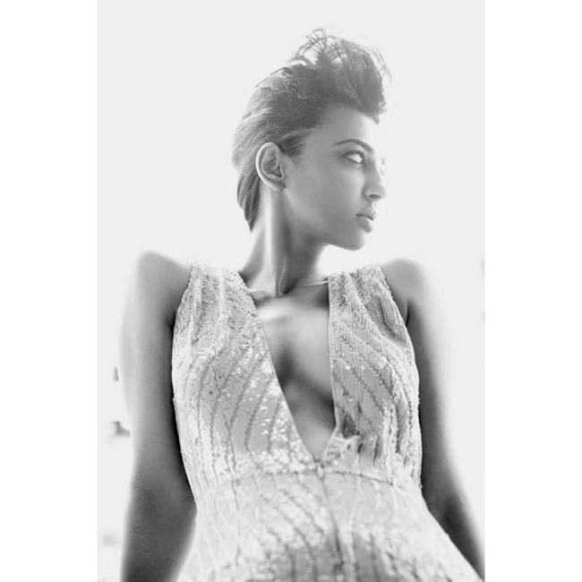 Radhika Apte Glamourous Pose