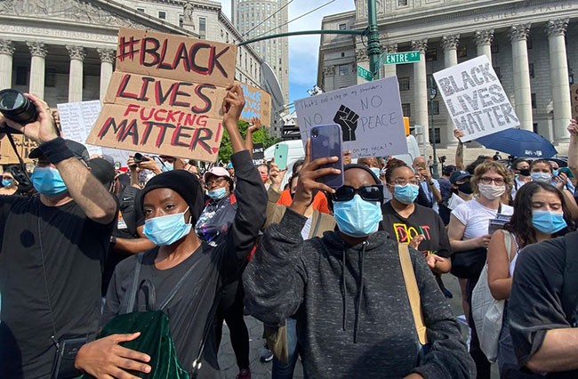Mass protests and arrests across US over George Floyd death