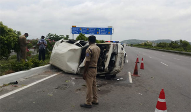 AP Minister Escort Vehicle met with an accident