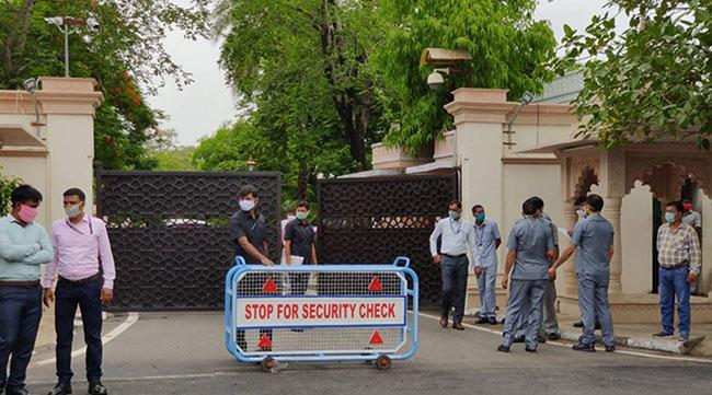 IT Raids Underway in Rajasthan Congress Leaders Office