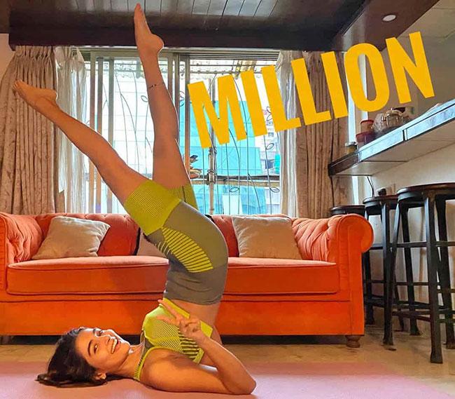 Millionaire Pooja Hegde Lifts Her Legs