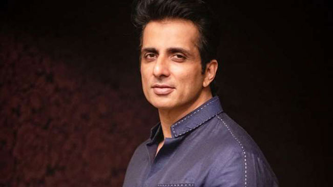 Sonu sood reveals about his political entry