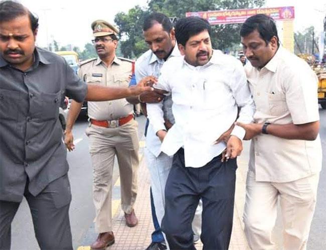 TDP Leader Kollu Ravindra Sent To Rajahmundry Central Jail