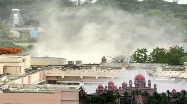 Telangana High Court Gave Shock To Kcr