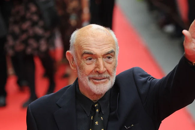 'James Bond 007' hero dies ...!