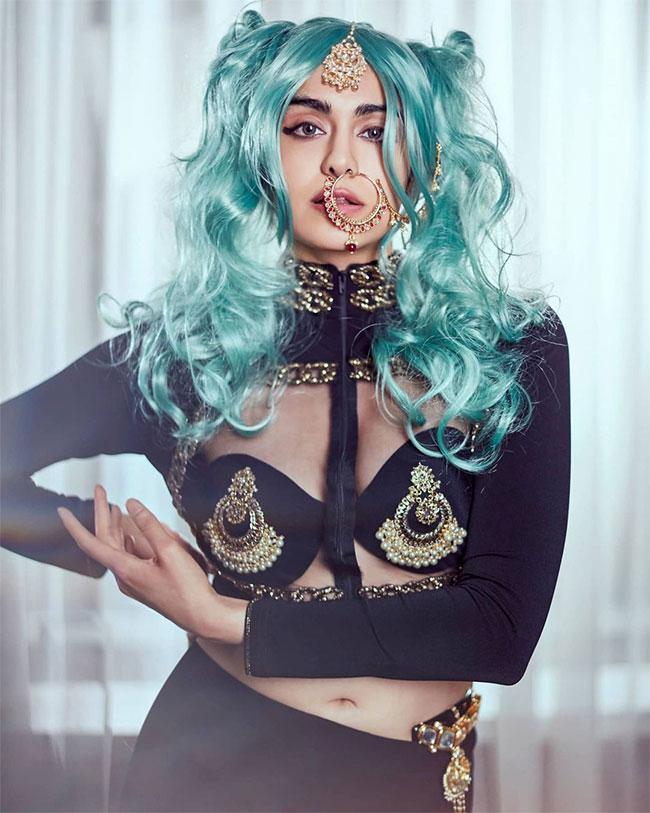 Adah Sharma Stunning Look