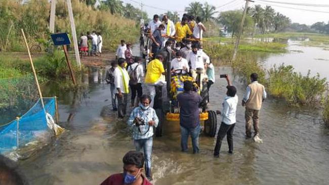 Breaking: Nara Lokesh missed a huge accident!