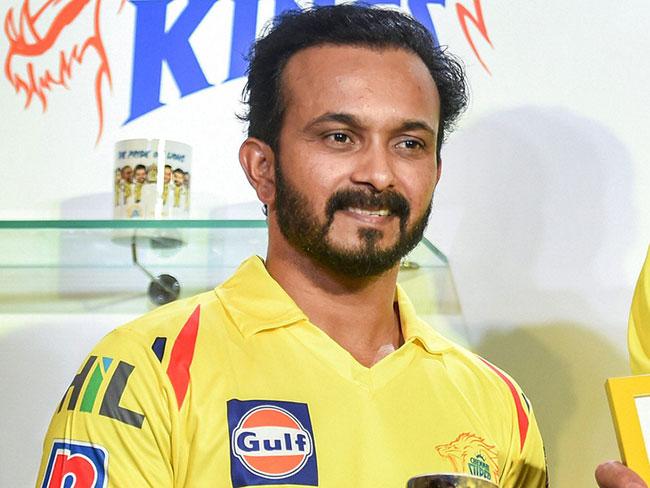 Can't bowl .. Can't bat .. Jadhav for Chennai