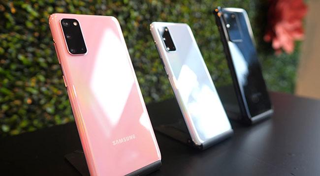 Samsung shocks mobile users