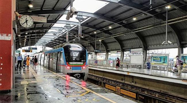 When it rains .. Hyderabad Metro runs a train especially for pregnant women