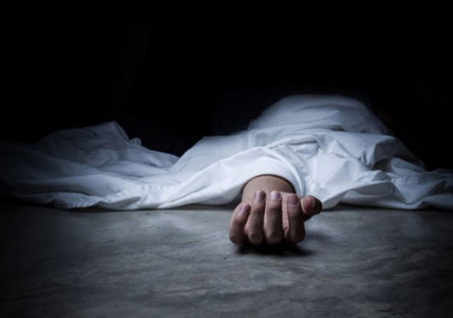 Married lady doctor commits suicide