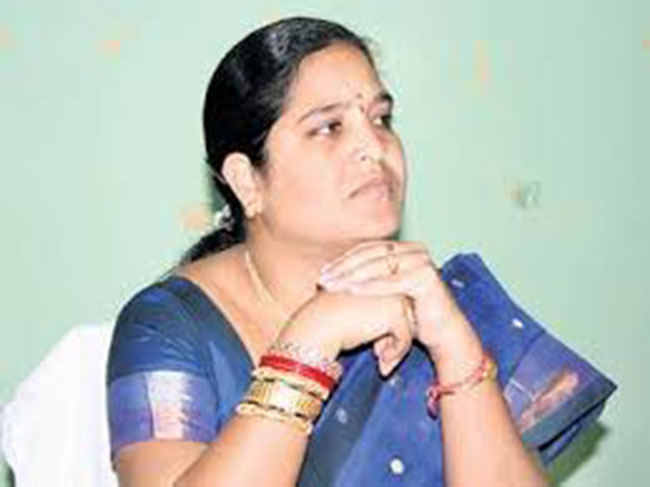 Meesala Geetha goes to high level in TDP