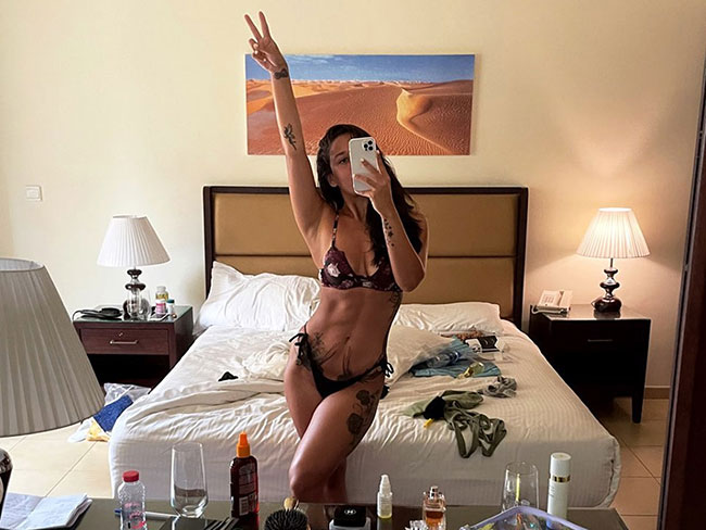 Krishna Shroff Latest Stunning Pose In Bikini